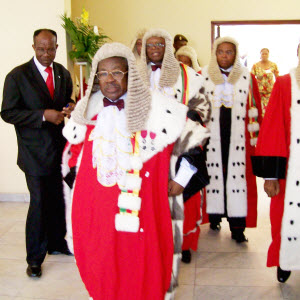 CAMEROUN :: Magistrature : Les adieux � Dipanda Mouelle :: CAMEROON