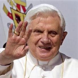 VOICI POURQUOI LE PAPE BENOIT XVI A DÉMISSIONNÉ