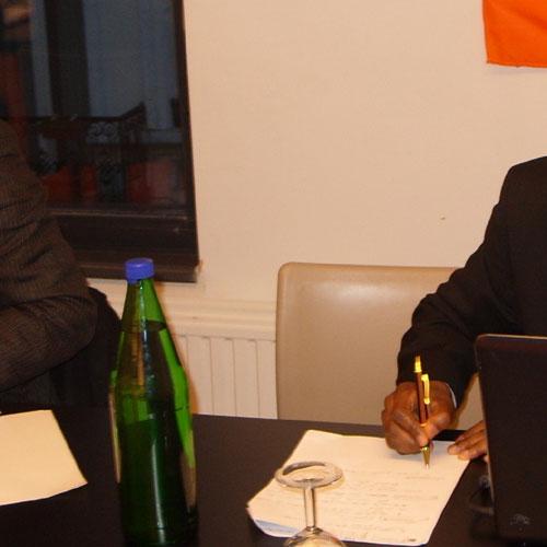 CAMEROUN :: LUTTES DEMOCRATIQUES ET DIVERSION DES DICTATEURS-PILLEURS : DE LA � MENACE � COMMUNISTE AU � COMPLOT � DES PARRAINS ! :: CAMEROON