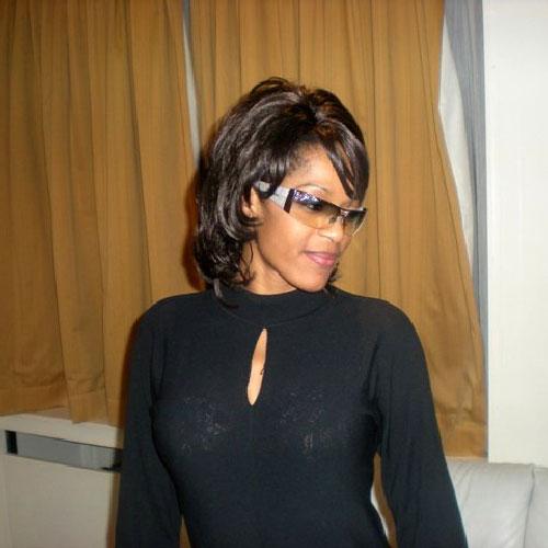 Chantal Ayissi:Camer.be