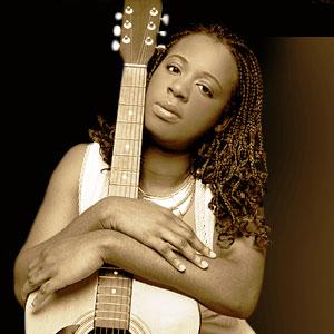 CAMEROUN :: Concert de Charlotte Dipanda : Question autour de la s�curisation des billets  :: CAMEROON