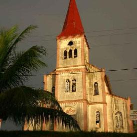 Cameroun : Un pr�tre sodomise un servant de messe � Yaound�