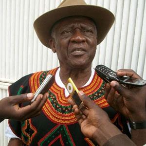 Cameroun : Ni John Fru Ndi, �J�indique d�j� aux camerounais que ces �lections n�auront pas lieu...� :: CAMEROON