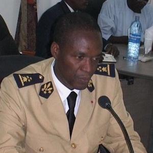 Cameroun,Cameroon - Alerte au virus �bola : Joseph B�ti Assomo prend des mesures d�urgence � Douala