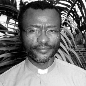 Cameroun : Mgr Tonye Bakot obtient la t�te de Ludovic Lado