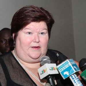 Belgique,Interview de Maggie De Block accord�e � Cameroon-Tribune: Des associations camerounaises saisissent le s�nat belge