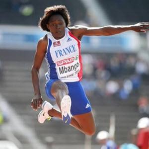 France - Cameroun - Jeux Olympiques 2012 : Fran�oise Mbango jette l