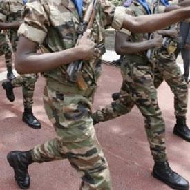 Cameroun,Cameroon : Bagarre entre militaires et civils � Douala.