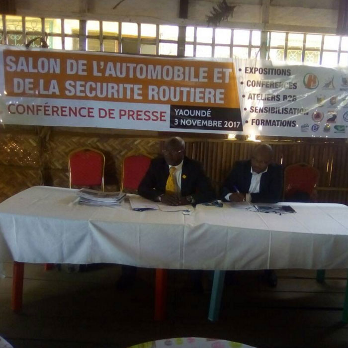 Cameroun yaound abrite un salon de l automobile et de - Salon de la securite ...