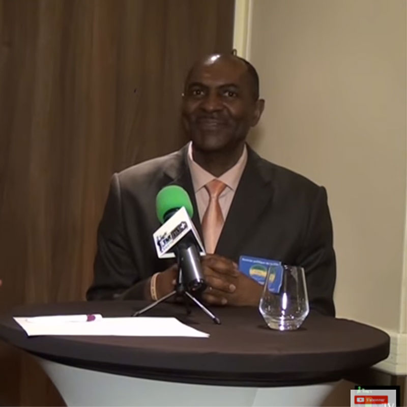 gabon-rentree-politique-a-paris-de-la-cdg-reaction-de-dieudonne-aperano-
