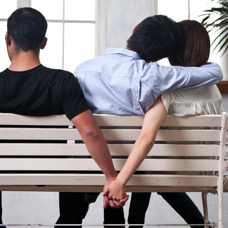 """Cameroun : Surpris en train de """"Sanga Sanga"""" la femme de son voisin à  Douala :: CAMEROON"""