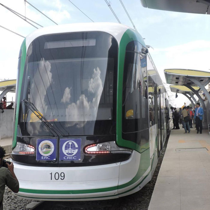 Douala attend son tramway