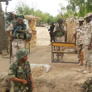 Militaires Nigerians:Camer.be