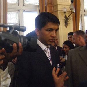 """Présidentielle à Madagascar: Rajoelina, en tête, dénonce des """"manipulations"""" dans les résultats"""