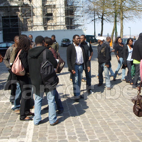 Coronavirus: Fin de la recréation pour les Africains en France
