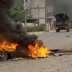 FEVRIER 2008 : IL Y A 8 ANS, LES RUES PRIRENT FEU AU CAMEROUN