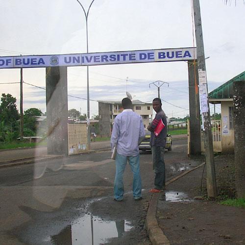 MUSELEMENT DU DEFENSEUR DES DROITS HUMAINS AU CAMEROUN :: CAMEROON