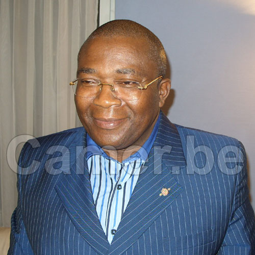 Stade d'Olembe : Jean Michel Nintcheu demande des comptes à Ngoh Ngoh