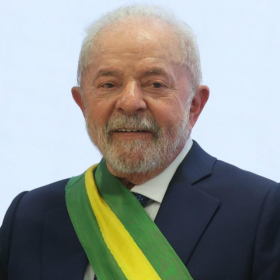 L'ex-président Lula arrêté et placé en garde à vue
