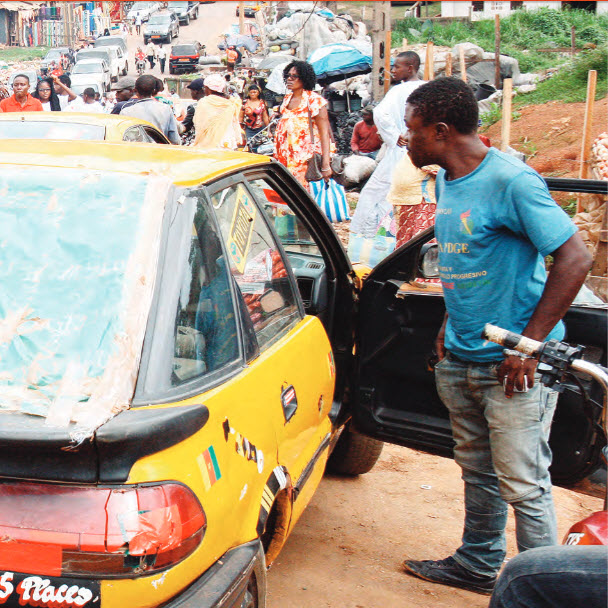 CAMEROUN :: Transport urbain : Les taxis tournent au ralenti :: CAMEROON