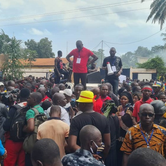 Plus de 5000 personnes marchent contre la Minusca et Rfi à Bangui