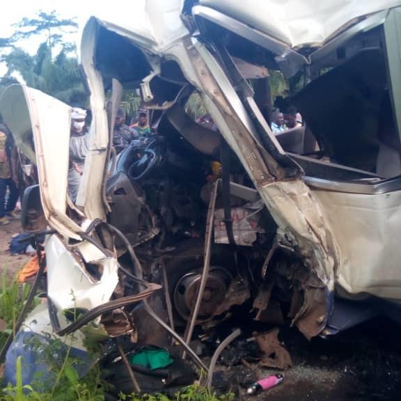 Awae ( périphérie de Yaoundé): 21 morts dans un accident de circulation