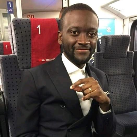 Ambasseur YOUTH CONNEKT CAMEROON: Arsène Stéphane Tema Biwolé succède à Samuel Eto'o Fils
