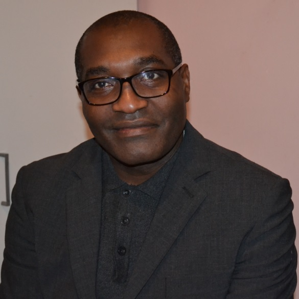 Qui est l'auteur de Emmanuel Kemta, la bête noire du couple présidentiel camerounais?