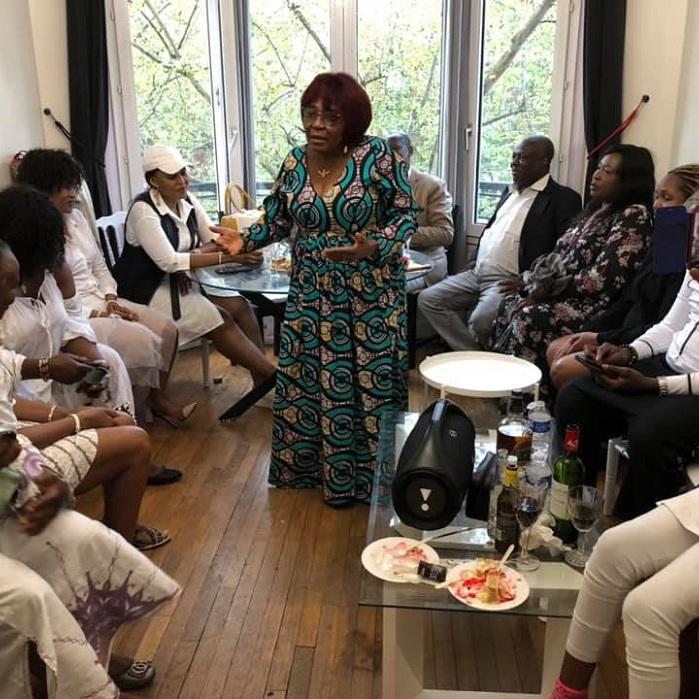 MAMAN KOFFI, CELEBREE EN FAMILLE A PARIS POUR SES 65 ANS