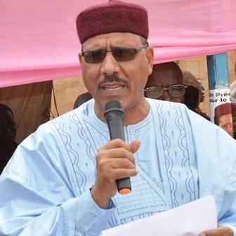 Présidentielle au Niger : Mohamed Bazoum l'emporte avec 55,75% des voix (officiel)