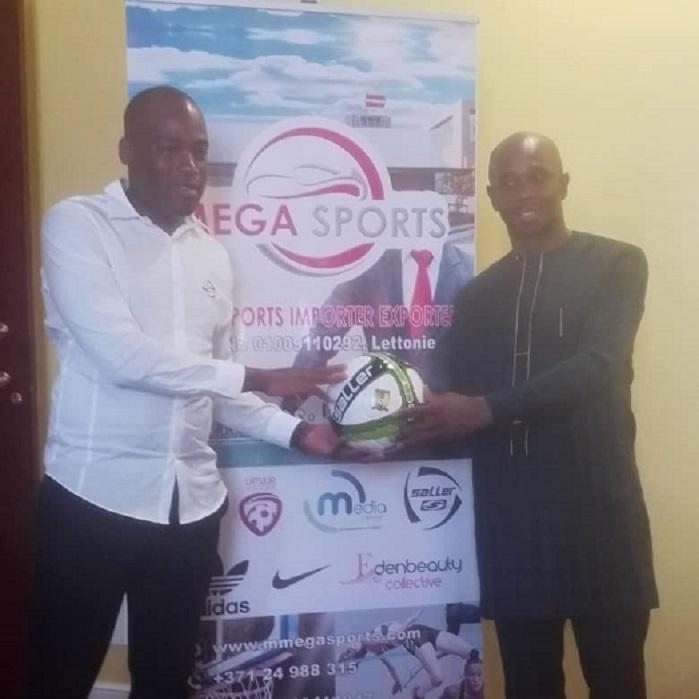 FOOTBALL: MEGA SPORTS EN DETECTION DE TALENTS ET REMISE DE DONS A LA FECAFOOT