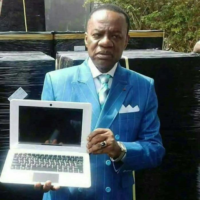 Des ordinateurs de «Paul Biya» vendus comme du pain en République Centrafricaine