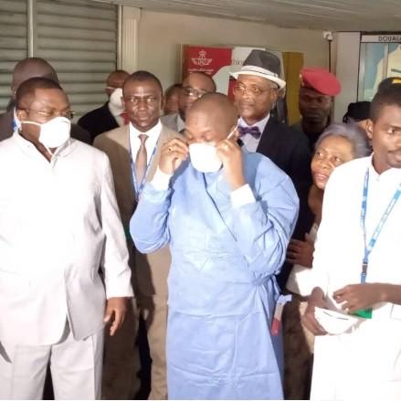 Épidémie mondiale de Corona virus:Manaouda Malachi satisfait du dispositif de l'aéroport de Douala