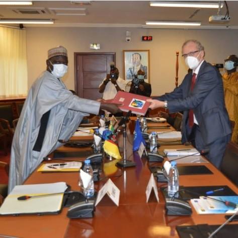 Lutte contre le Covid-19 : L'Union Européenne apporte 06 milliards francs CFA à Yaoundé