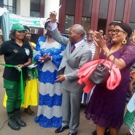 Journée Internationale de la Femme: Le Ministre Jules Doret Ndongo aux côtés des femmes du MINFOF