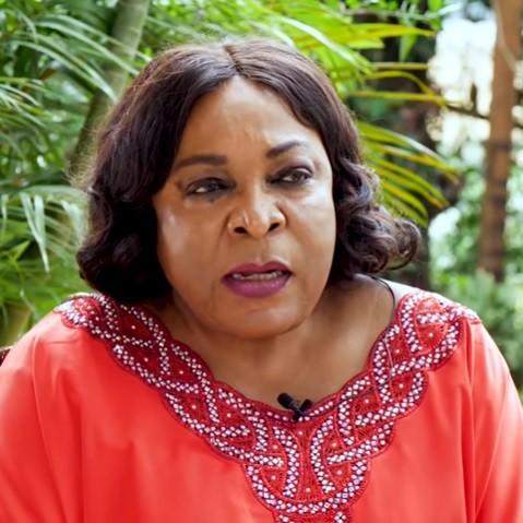 Spectacle de la haine de soi et de la RÉPRESSION à Yaoundé