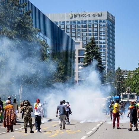 Séjour sous haute tension pour Paul Biya à Genève