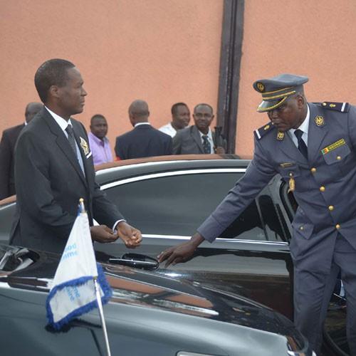 Drame de Kumba : Le ministre en charge des armées arrive à Buéa