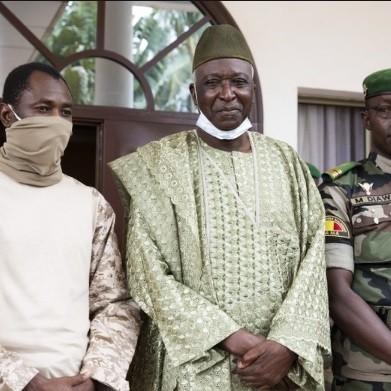 Le président intérimaire du Mali a prêté serment