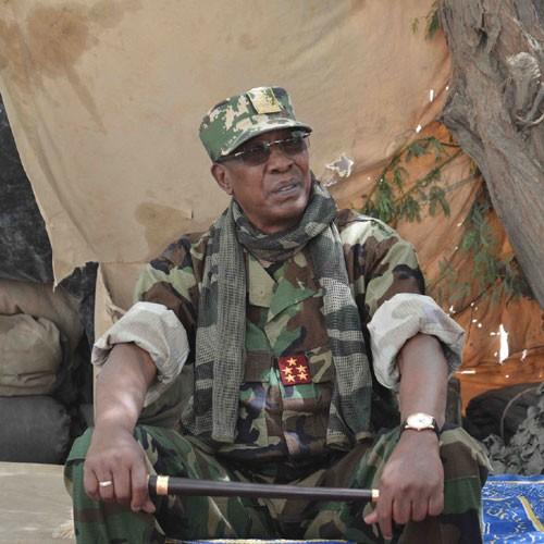 Tchad : Idriss Déby réélu président pour la sixième fois, son armée assure avoir tué 300 rebelles