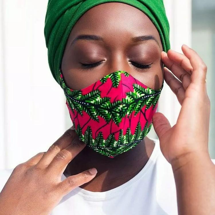La mue du masque de protection en accessoire de beauté