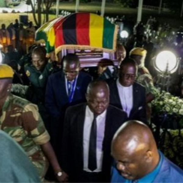 Zimbabwe : l'ex-président Robert Mugabe a été enterré dans son village