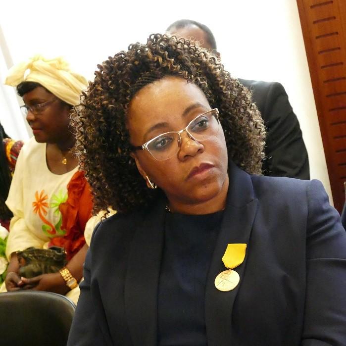 ME MARIE CLAUDE EDJANG FAIT CHEVALIER DE L'ORDRE NATIONAL DU MÉRITE CAMEROUNAIS A PARIS