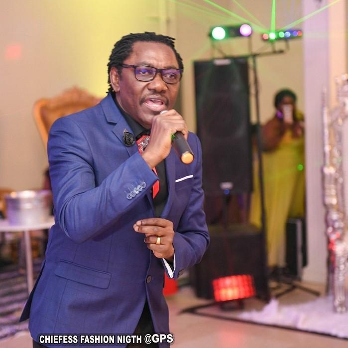NDEDI EYANGO ENFLAMME LA CHIEFESS FASHION NIGHT DE DELAWARE AUX ETATS-UNIS