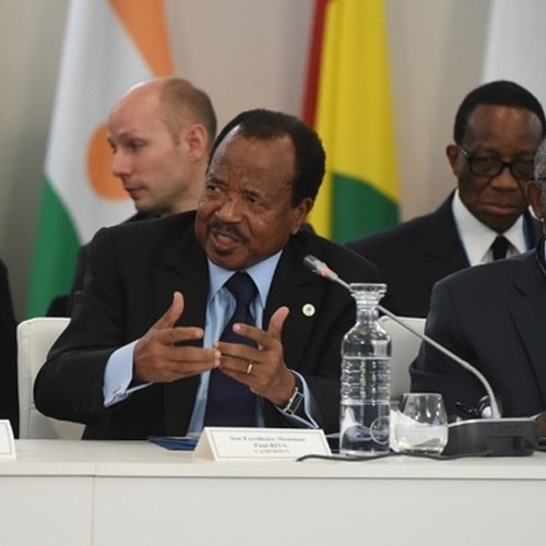 Urgent: Paul Biya nomme Philémon Yang, 72 ans (document)
