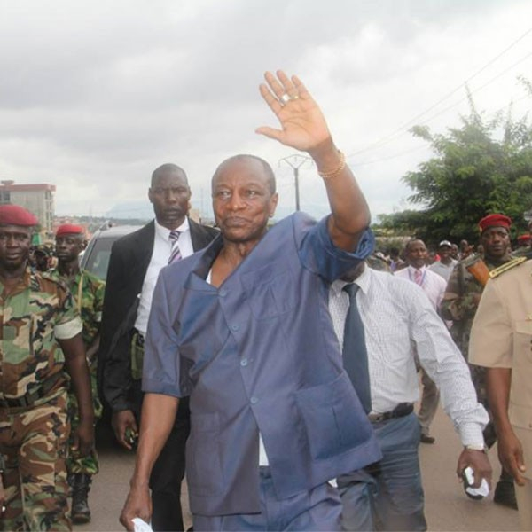 Alpha Condé passe ses vacances à Saly au Sénégal